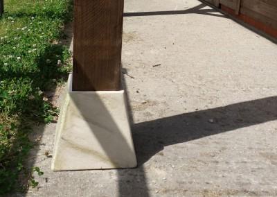 Simulated stone plinth